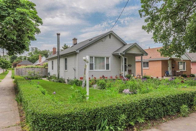 1231 Wilton Ave Open House Sun June 18th, 2-4pm
